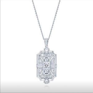 NWT Beautiful 925 Silver Diamond Necklace